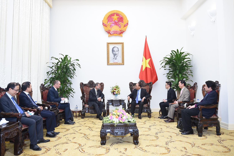 Thủ tướng Nguyễn Xuân Phúc tiếp Đại sứ Slovenia tại Việt Nam