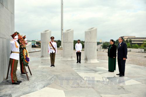 Tiếp tục các hoạt động của Phó Chủ tịch Quốc hội Tòng Thị Phóng tại Cuba