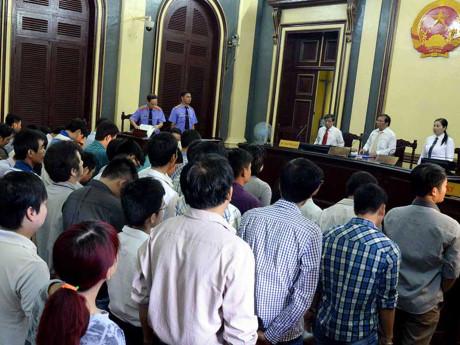 Thẩm phán để sai sót trong nhiệm vụ không bổ nhiệm lại