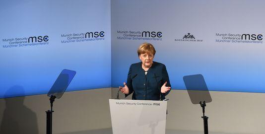 Bầu cử Đức: Liên đảng của Thủ tướng Merkel dẫn điểm