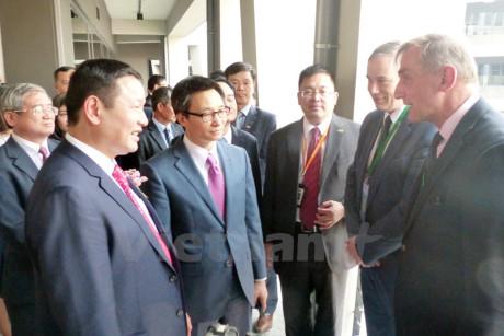 Phó Thủ tướng Vũ Đức Đam: Cần tập trung đầu tư nhân lực và hạ tầng cho khoa học công nghệ