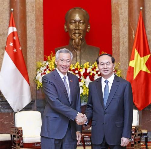 Chủ tịch nước Trần Đại Quang tiếp Thủ tướng Xinh-ga-po Lý Hiển Long