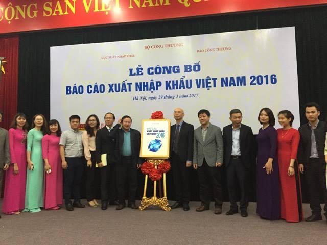 Bộ Công Thương lần đầu công bố Báo cáo xuất nhập khẩu Việt Nam