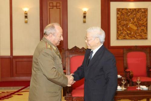 Tổng Bí thư Nguyễn Phú Trọng tiếp Đoàn đại biểu cấp cao Bộ các Lực lượng Vũ trang Cách mạng Cu-ba