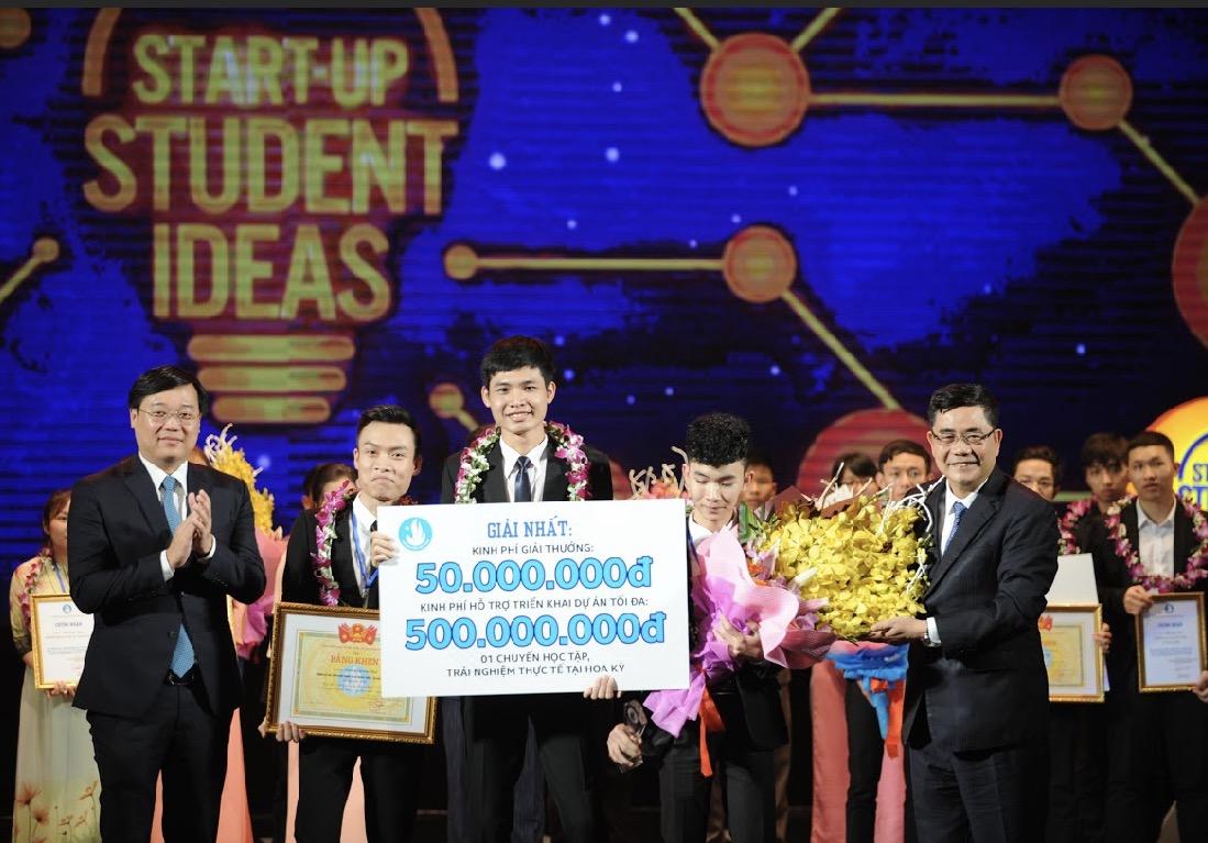 Giải pháp giám sát chất lượng nguồn nước giành giải nhất Ý tưởng sáng tạo khởi nghiệp sinh viên