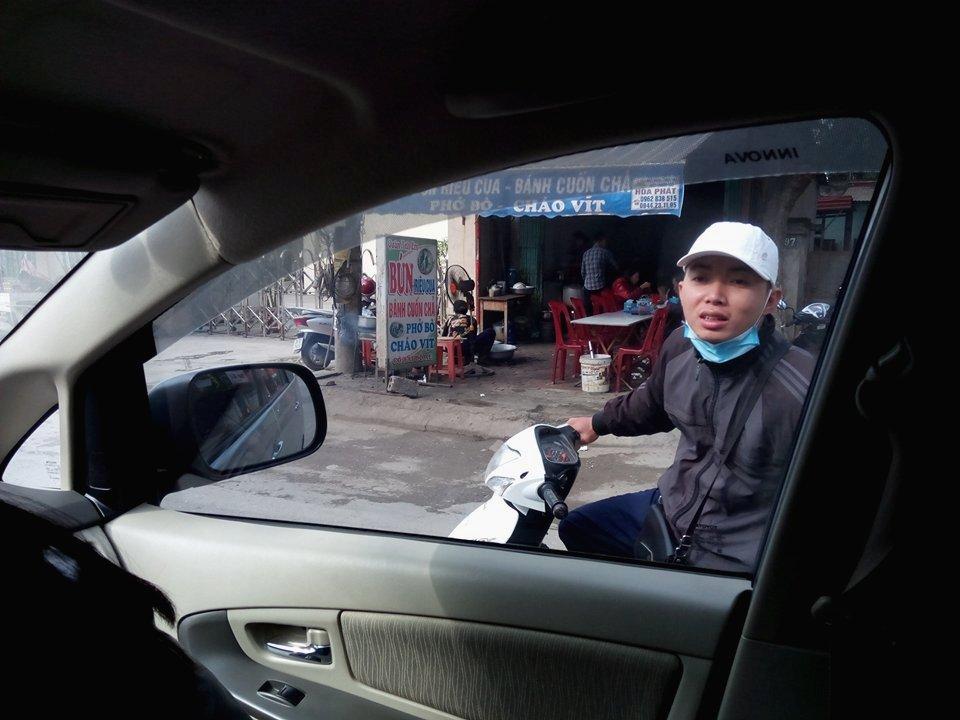 """Nghề """"chăn khách"""" đi lễ chùa Hương"""