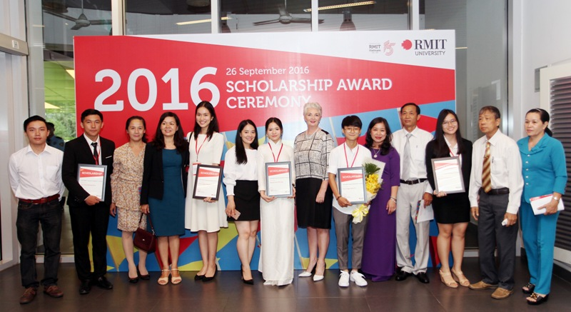 Đại học RMIT Việt Nam trao hơn 1,5 triệu USD học bổng trong năm 2017