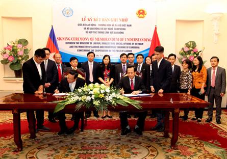 Ký kết hợp tác Việt Nam – Campuchia trong lĩnh vực lao động