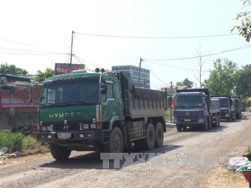 Đồng Nai: Đề nghị đình chỉ hoạt động nếu xe ben từ mỏ đá ra quốc lộ không đảm bảo an toàn