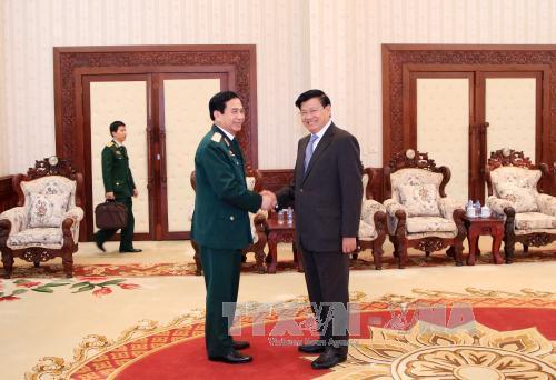 Việt Nam và Lào tăng cường hợp tác quốc phòng