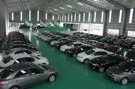Siết chặt quản lý ô tô nhập khẩu theo diện biếu, tặng