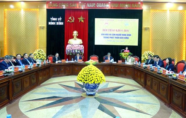 """Hội thảo """"Văn hóa và con người Ninh Bình trong phát triển bền vững"""""""