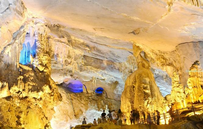 Quảng Bình đẩy mạnh khai thác tiềm năng du lịch hang động