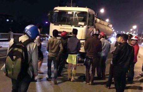 Làm rõ vụ tai nạn giao thông khiến 3 người tử vong trên cầu Vĩnh Tuy, Hà Nội
