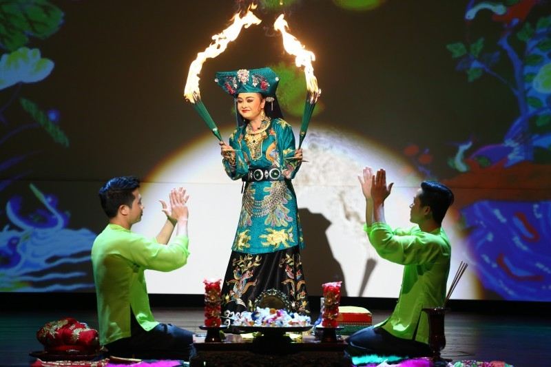 Tổ chức lễ đón bằng tôn vinh Tín ngưỡng thờ Mẫu trang trọng, tiết kiệm