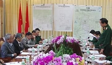Bộ Tư lệnh Quân khu 5 làm việc với Tỉnh ủy Kon Tum về công tác chuẩn bị diễn tập khu vực phòng thủ năm 2017