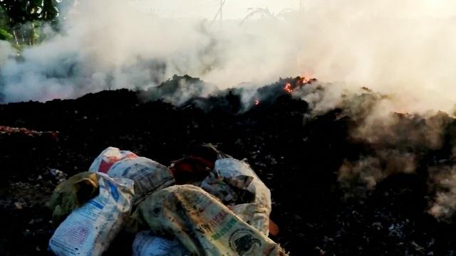 Bài 1: Rác thải tái chế ở Ứng Hòa (Hà Nội) gây ô nhiễm môi trường nghiêm trọng