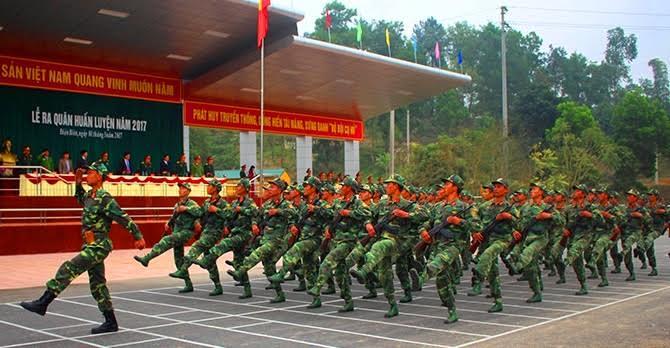 Lữ đoàn Bộ binh 82 Quân khu II ra quân huấn luyện năm 2017