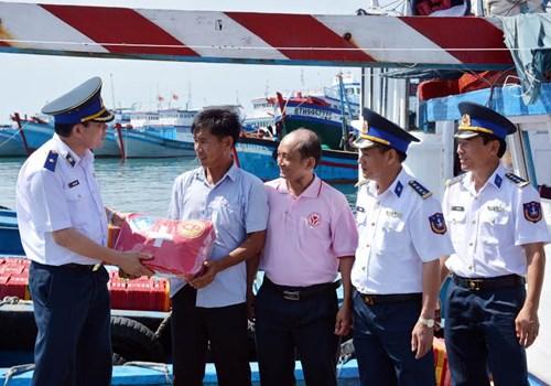 Vùng Cảnh sát biển 3 thực hiện tốt công tác dân vận