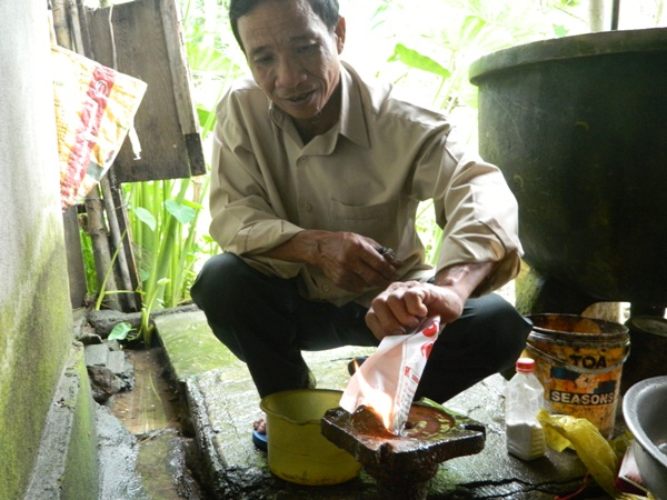 QuảngTrị: Giếng nước 10 năm liên tục phát lửa