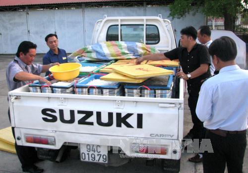 Bắt quả tang xe tải chở tôm bơm tạp chất đi tiêu thụ