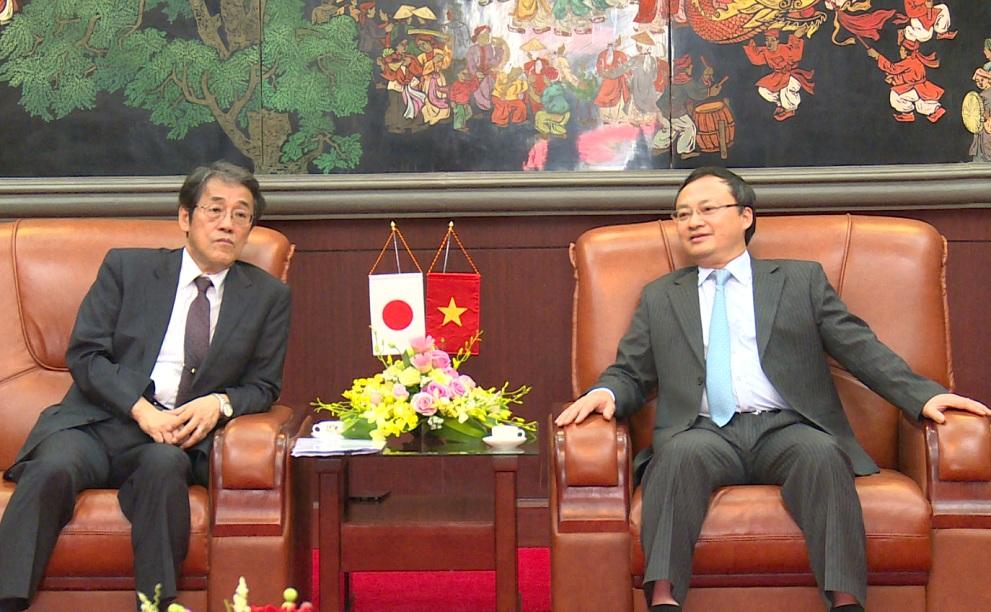 Bí thư Tỉnh ủy Hưng Yên tiếp Đại sứ đặc mệnh toàn quyền Nhật Bản tại Việt Nam