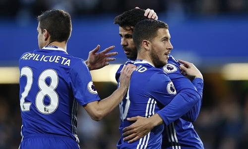 Hạ Southampton, Chelsea băng băng về đích