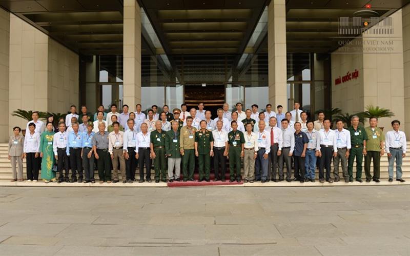 Phó Chủ tịch Quốc hội Đỗ Bá Tỵ tiếp Đoàn đại biểu người có công với cách mạng tỉnh Kiên Giang