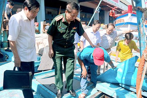 Đoàn giám sát của Ủy ban Thường vụ Quốc hội làm việc tại Bình Thuận