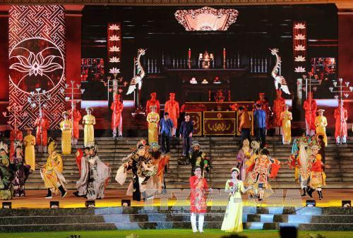 Khai mạc Festival Đờn ca tài tử quốc gia lần thứ II – Bình Dương 2017