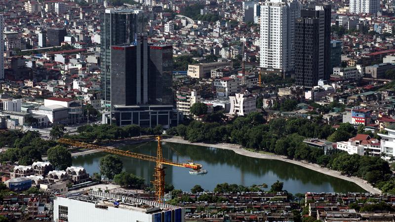 Hồ cũ cứ lấp, hồ mới chưa xây, Hà Nội sẽ ra sao?