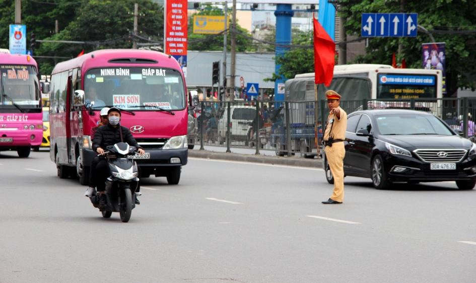 Hà Nội: Tăng cường kiểm soát vận tải hành khách dịp 30/4 – 1/5