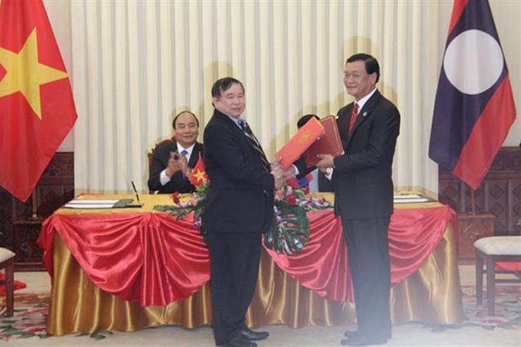 Việt Nam– Lào ký Nghị định thư về hợp tác giáo dục và đào tạo giai đoạn 2017-2022