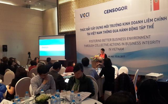 Thúc đẩy xây dựng môi trường kinh doanh liêm chính