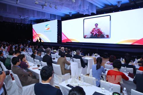 Phó Thủ tướng Vũ Đức Đam: Thông qua mạng 4G đưa thông tin, nội dung số chất lượng tốt nhất, chi phí thấp đến người dân