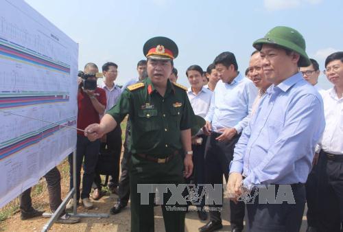 Phó Thủ tướng Vương Đình Huệ thăm và làm việc tại tỉnh Thanh Hóa