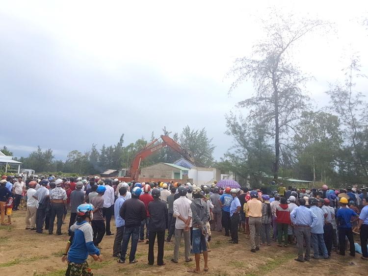 Quảng Nam cưỡng chế phá dỡ công trình vi phạm tại dự án Khu nghỉ dưỡng Nam Hội An