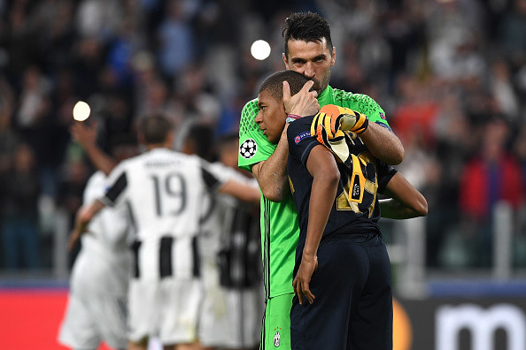 Cúp C1 châu Âu: Juventus là đội bóng đầu tiên lọt vào chung kết