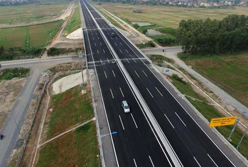 Đầu tư dự án đường bộ cao tốc Bắc - Nam với tổng số vốn hơn 310 nghìn tỷ đồng