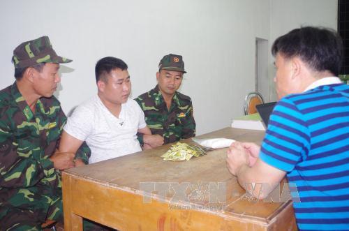Quảng Ninh: Bắt giữ người nước ngoài vận chuyển ma tuý vào Việt Nam