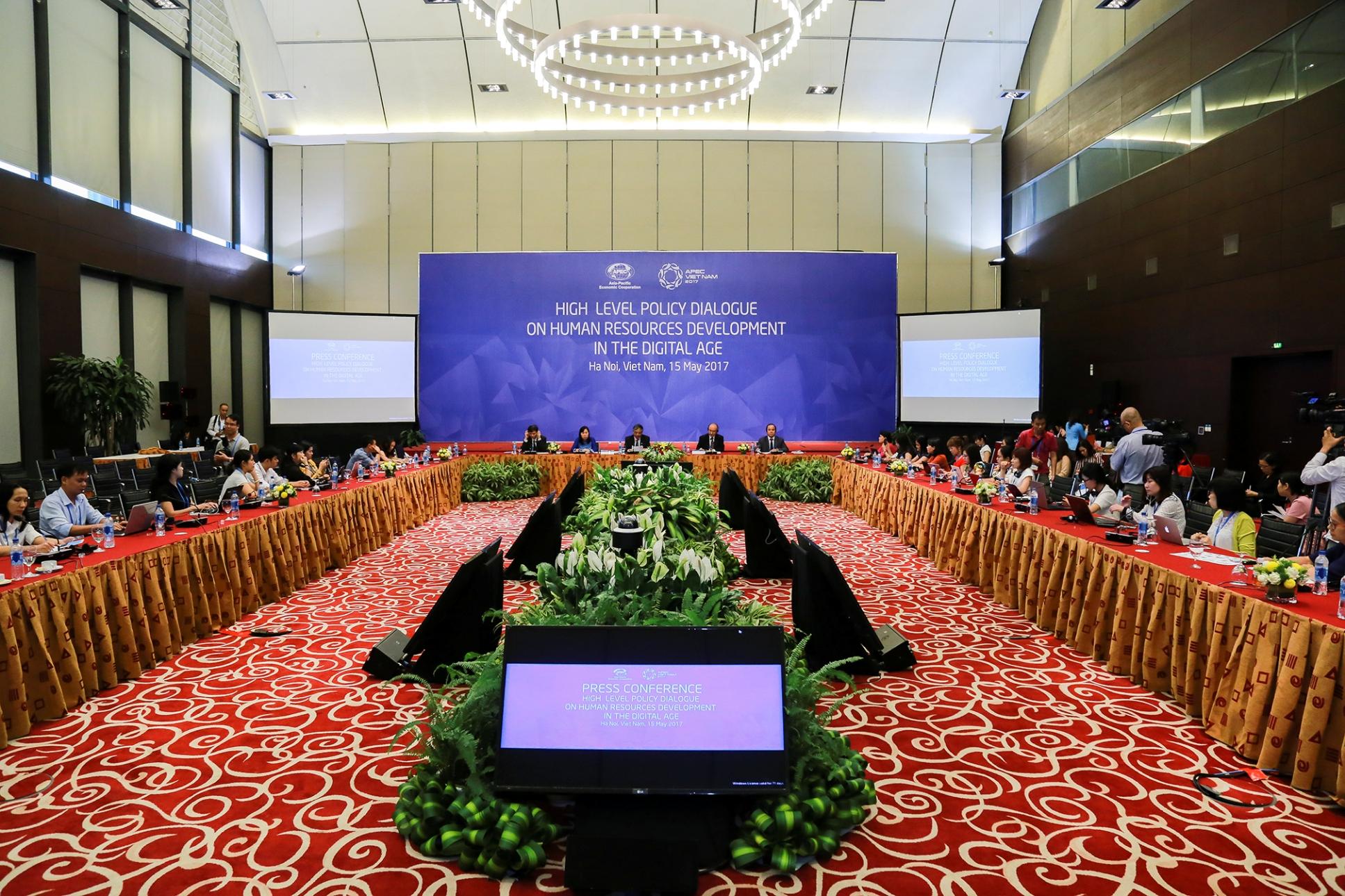 """Phó Thủ tướng Phạm Bình Minh: """"Tương lai của khu vực cũng là tương lai của Việt Nam"""""""