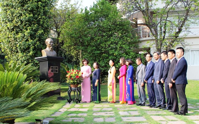Kỷ niệm 127 năm Ngày sinh Chủ tịch Hồ Chí Minh và 42 năm thiết lập quan hệ ngoại giao giữa Việt Nam – Mexico