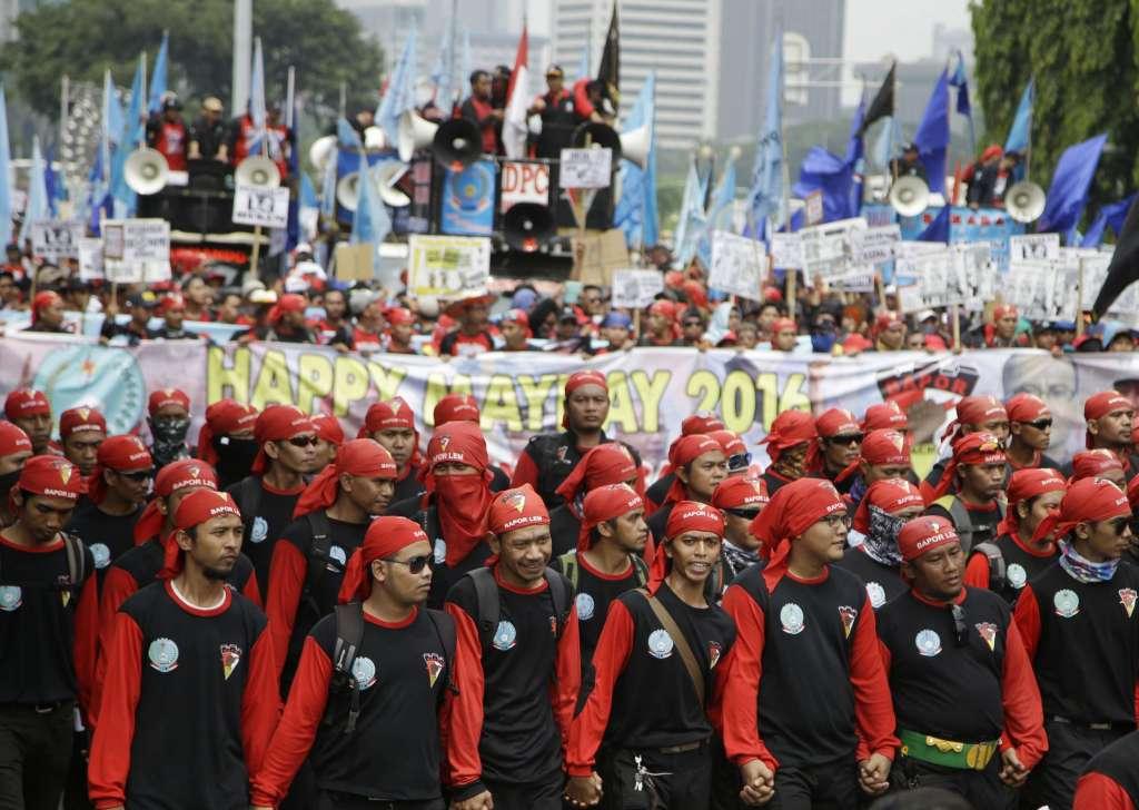 Các nước tổ chức nhiều hoạt động nhân Ngày Quốc tế Lao động