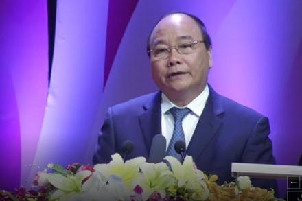 """""""Vinh quang Việt Nam – Dấu ấn 30 năm đổi mới"""""""