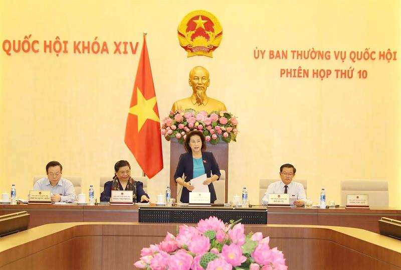 Khai mạc phiên họp thứ 10 của Ủy ban Thường vụ Quốc hội