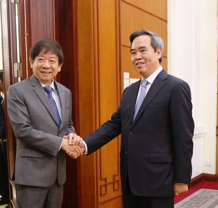 Trưởng Ban Kinh tế Trung ương tiếp Chủ tịch Đảng Hành động nhân dân Singapore