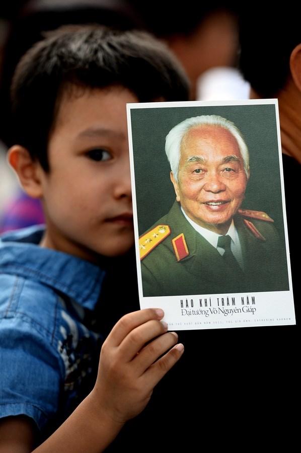 """Triển lãm """"Dấu ấn"""" chào mừng Ngày Báo chí cách mạng Việt Nam"""