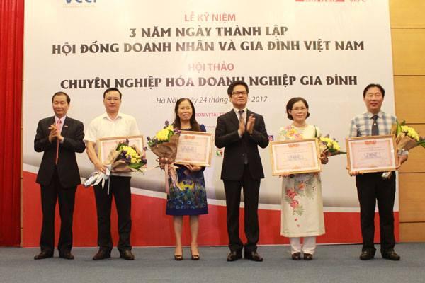 Kỷ niệm 3 năm ngày thành lập Hội đồng Doanh nhân & Gia đình Việt Nam