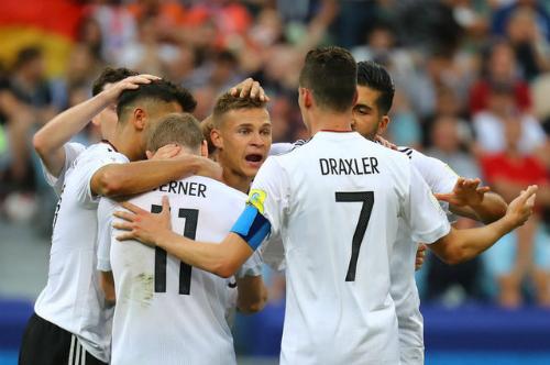 Đức và Chile vào bán kết Confederations Cup