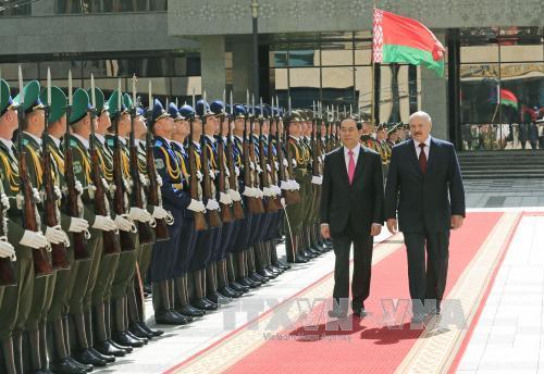 Tổng thống Belarus Alexander Lukashenko đón, hội đàm với Chủ tịch nước Trần Đại Quang